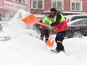 Yakutiye Belediyesi'nden karla mücadele