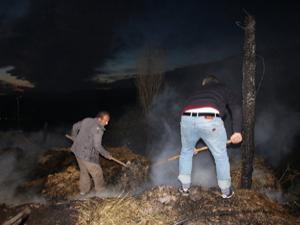 Zihinsel engelli çocuk evlerini yaktı