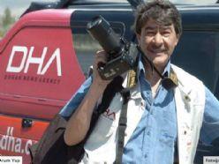 Van`da gazetecilerin kaldığı otel yıkıldı