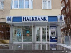Dadaşkent Halkbank şubesine kavuştu