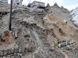 Afganistan'da toprak kayması: 400 ölü