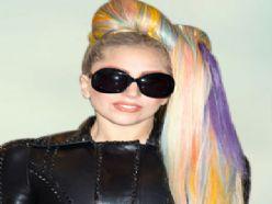 Lady Gaga isteklerini fena abarttı!