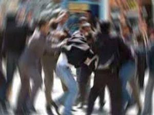 Hınıs ve Palandöken ilçelerinde kavga: 15 yaralı