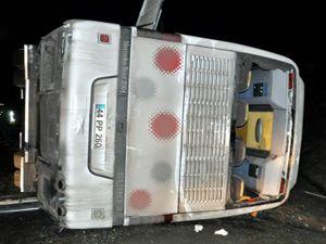 Sivas'ta polis otobüsü devrildi: 3 şehit, 35 yaralı