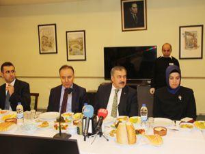 Bakan Eroğlu, Bayburt ve Erzurum'da temaslarda bulundu