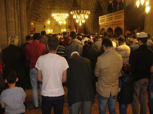 Erzurum'da ilk teravih namazı kılındı