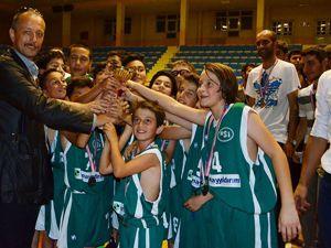 Zafer kupası basketbol turnuvası sona erdi