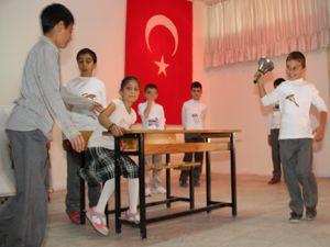 Oltu'da ilköğretim haftası kutlandı
