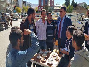 MHP'li Ertük Çimen'e Erzurumlu esnaftan büyük ilgi