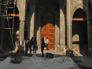 Medresenin kapısı 250 yıllık