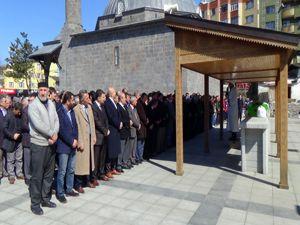 Erzurumlu 12 yaşındaki kız basketbol oynarken hayatını kaybetti