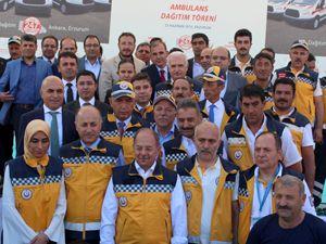Bakan Akdağ, 247 ambulans dağıttı