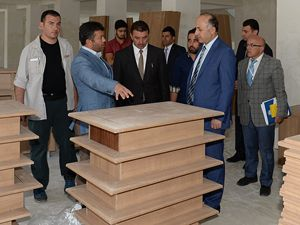 Vali Azizoğlu okul inşaatlarında incelemelerde bulundu
