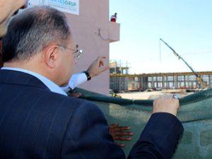 Bakan Akdağ, sağlık kampüsü inşaatında incelemede bulundu