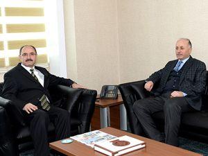 Vali Azizoğlu, DAP İdaresi'ni ziyaret etti
