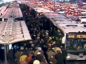 Metrobüste şırıngalı hemşire dehşeti