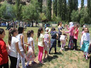 Tortum Müftülüğünden kurs öğrencilerine piknik etkinliği