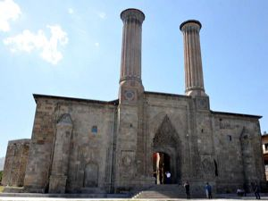 Çiftte Minareli Medrese Müze Olacak