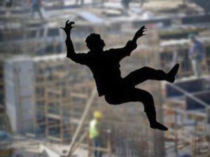 Erzurum'da inşaattan atlayan genç ağır yaralandı