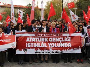 Türkiye Gençlik Birliği üyeleri Sivas'ta