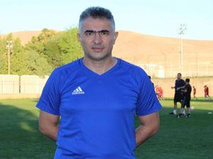 Flaş... B.B. Erzurumspor'un yeni Teknik Direktörü  Mehmet Altıparmak