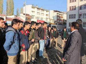 Milletvekili Deligöz, Oltulu öğrencilerin taşıma sorununu çözdü