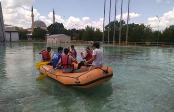 15 Temmuz ruhuyla rafting ve tırmanış yaptılar