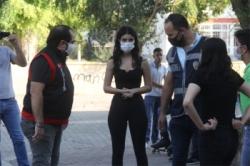 Adana'da okul önünde hareketli anlar!
