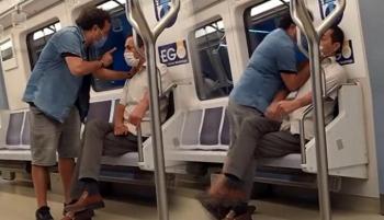 Ankara metrosunda şarkı kavgası