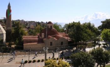 Antalya'da camilerden anonslar yankılanıyor...