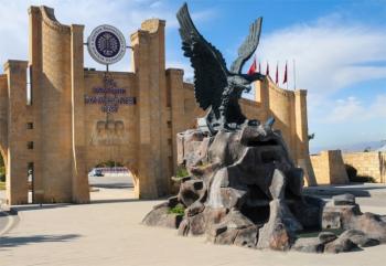 Atatürk Üniversitesi standına yoğun ilgi