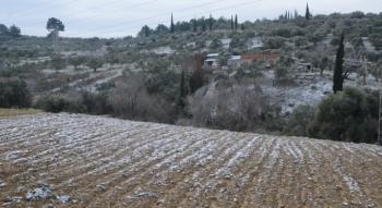 Aydın Kuşadası'na 6 yıl sonra kar yağdı