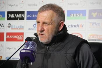 B.B. Erzurumspor'da Mesut Bakkal ile yollar ayrıldı