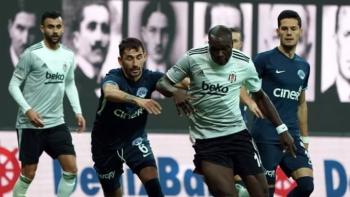 Beşiktaş Aboubakar'ın yedeğini arıyor