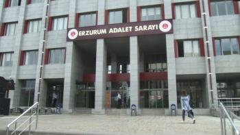 Emekli polis Erzurum adliyesinde