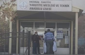 Erzurum'da 322 aileye ramazan yardımı yapıldı