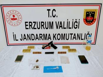 Erzurum'da 5 adrese uyuşturucu operasyonu