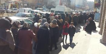 Erzurum'da indirim pandemiyi unutturdu