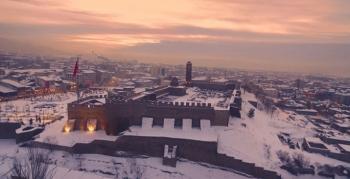 Erzurum'da karla bütünleşen tarihi mekanlar