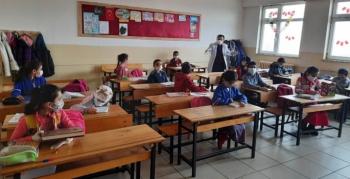 Erzurum'da köy okulları yüz yüze eğitime başladı