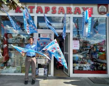 Erzurumspor bayraklarına yoğun ilgi