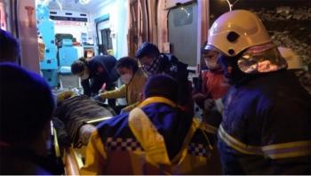 Gaziantep'te metruk bina çöktü: Yaralılar var