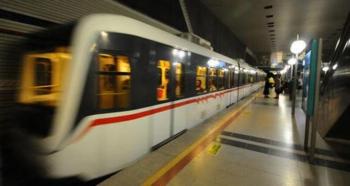 İstanbul metrosunda panik anları!