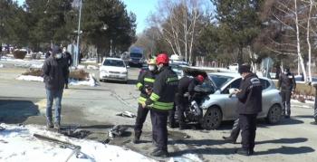 Kampüste trafik kazası: 3 yaralı
