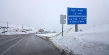 Kop Dağı Geçidinde kar ve tipi etkili oldu
