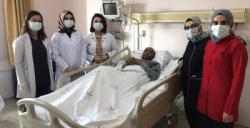 Korona hastası 5 ay sonra yoğun bakımdan çıktı