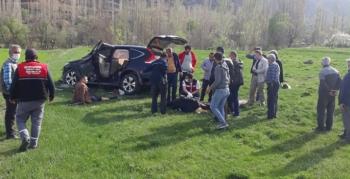 Olur Kaymakamı ve Belediye Başkanı kaza geçirdi