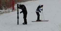 Palandöken'de kar yağışı altında kayak keyfi