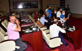 Sözde gazeteci Erzurumlulara 'eğitimsiz' dedi