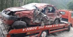 Tır ile otomobil çarpıştı: 1 ölü 1 yaralı
